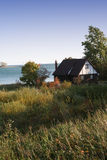 Amanhecer no lado do lago fotografia de stock royalty free