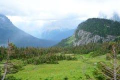Amanhecer no parque nacional de geleira fotografia de stock