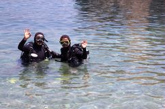 Amantes del equipo de submarinismo Imagen de archivo libre de regalías