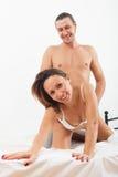 Amantes despreocupados que tienen sexo Fotografía de archivo libre de regalías