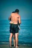 Amantes na praia Fotografia de Stock