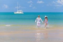 Amantes no mar imagens de stock royalty free