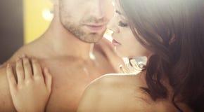 Amantes novos durante a lua de mel Foto de Stock