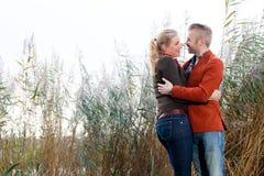 Amanti nel vento Fotografie Stock