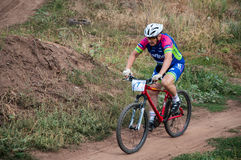 Amants de cyclistes de concurrence photographie stock