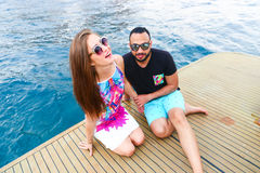 Amants heureux sur le yacht Images libres de droits