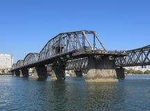 Łamany most Obrazy Stock