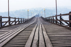 Łamany most w Sangkhlaburi Zdjęcie Royalty Free