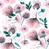 Amapola inconsútil, acianos, lirio, manzanilla, rosas con las hojas y mariquita del modelo del fondo en blanco Mano drenada Fotografía de archivo