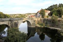 Amarante - ponte sopra il fiume di Tamega Fotografie Stock Libere da Diritti