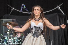 Amaranthe på Metalfest 2015 Arkivbild