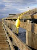 Amarele o flutuador foto de stock