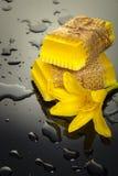 Amarelo feito a mão do sabão Imagens de Stock