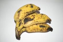 Amarelo maduro da banana fotografia de stock royalty free
