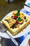 Amaretto i rodzynki Cheesecake, deser Obrazy Royalty Free