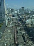 Amari y Joy Building Pratunam Bangkok Thailand fotos de archivo