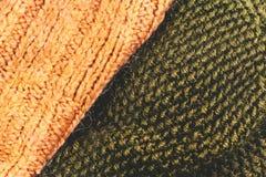 Amarillee el cierre hecho punto del fondo de la textura de la tela de las lanas para arriba Fotografía de archivo