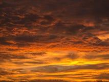 Amarillo de oro mezclado con Gray Clouds Imagen de archivo