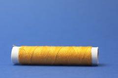 Amarillo del hilo de algodón Fotos de archivo libres de regalías