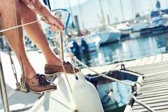 Amarração do iate do barco de vela fotografia de stock