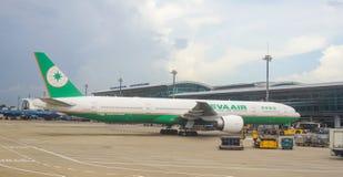 Amarrage d'avion d'EVA à l'aéroport de Tan Son Nhat dans Saigon, Vietnam Images libres de droits