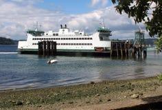 Amarrage de ferry Photographie stock