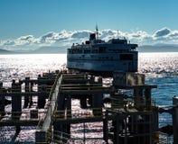 Amarrage de ferry en Colombie-Britannique Images libres de droits