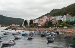 Amarrage du bateau du pêcheur Image libre de droits