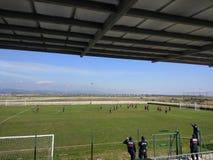 Amatörid młodociany mecz futbolowy zdjęcie stock