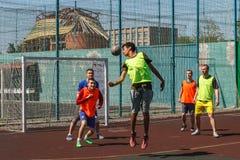 Amateurvoetbal in de Oekraïne stock fotografie