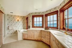 Amazing floral bathroom with french windows Royalty Free Stock Photography