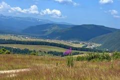 Amazing panoramic mountain vista Royalty Free Stock Photo