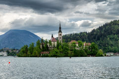 Amazing View On Bled Lake, Island,Church And Castle With Mountai. N Range Stol, Vrtaca, Begunjscica In The Background-Bled, Slovenia, Europe Royalty Free Stock Photos