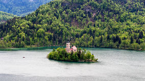Amazing View On Bled Lake, Island,Church And Castle With Mountai. N Range (Stol, Vrtaca, Begunjscica) In The Background-Bled, Slovenia, Europe Royalty Free Stock Images