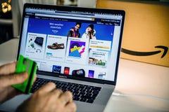 Free Amazon Australia Prime Day Man Shopping On Laptop Deals Stock Photography - 153511952