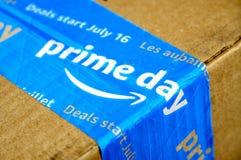 Amazon Prime-Tageskasten stockbild