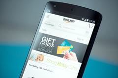 Amazon Website on Google Nexus 5 Stock Photography