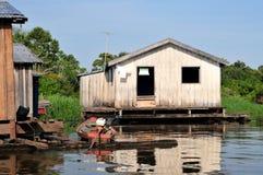 Amazonas-Dschungel-typisches Haus Lizenzfreie Stockfotos