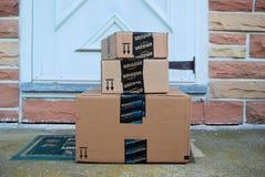 Amazonas-Pakete lizenzfreie stockfotografie