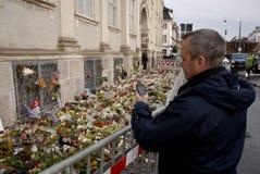 AMBASSADE DU TERRORISTE ATTACKED_FRENCH DE PARIS image stock