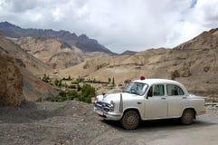Ambassadeur van de overheid parkeerde in Ladakh Stock Foto