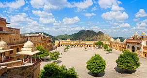 Amber Fort i Jaipur, Rajasthan, Indien Royaltyfri Foto