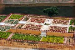 Amber Fort s'est reflétée dans le lac Maota près de Jaipur, Ràjasthàn, Inde Images stock