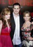 Amber Tamblyn, Sarah Michelle Gellar och Freddie Prinze Jr Royaltyfria Foton