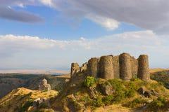 Amberd堡垒和教会在亚美尼亚 图库摄影
