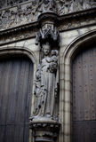 Amberes, Bélgica - 19 de junio de 2011: Entrada de la catedral de nuestra señora Fotografía de archivo