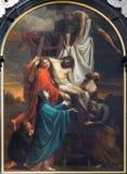 Amberes - pintura de la pendiente de la cruz de Cornelis Cels a partir de los años 1807 - 1830 en el altar principal en la iglesia Fotografía de archivo libre de regalías