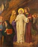 Amberes - St John el evangelista y los hl Maria cerca de la tumba de Jesús de Josef Janssens en la catedral de nuestra señora Foto de archivo libre de regalías