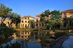 Ambiente da comunidade dos bens imobiliários de China Imagem de Stock Royalty Free