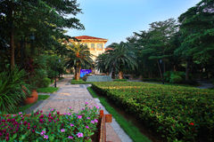 Ambiente da comunidade dos bens imobiliários de China Foto de Stock